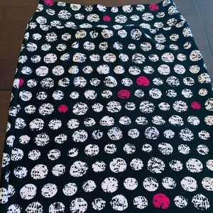 LuLaRoe pink and black XL Cassie skirt